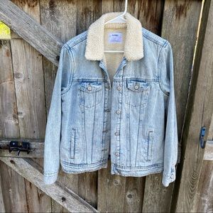 Old Navy Sherpa lined denim jean jacket sz large